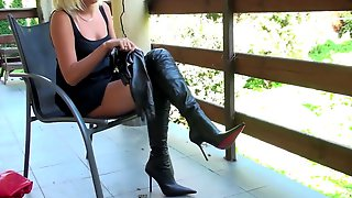 Swapping boots