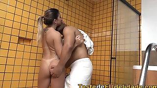 Sexo no motel com amante gostosa