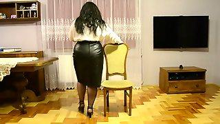 BBW As Secretary Dancing And Strip