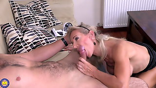 Gorgeous mother gets amazing sex from son