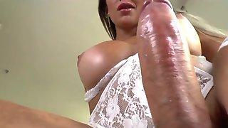 Shemale masturbation
