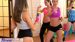 FitnessRooms Lesbian lovers make each other cum after gym