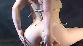 WGD Micro bikini oily dance - Suzuka