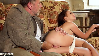 College girl loves how old man fingers her pussy and fucks