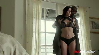 Hotwife Clea Gaultier Fucking Black Bull