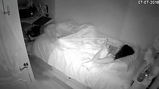 Hot-sex-photos.com - Girl strokes before sleep.mp4