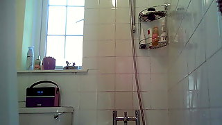 Friend shower