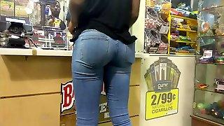 Slim Ass in Blue Jeans & No Bra