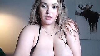 BBW gets fucked then sucks milk out of her tits