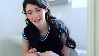 Brunette teen needs to pee after school