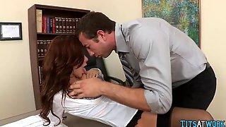 Pantyhose Slujt in the Office