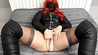 100 Denier black nylon mask with red wig