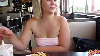 Pee piss in restaurant 01