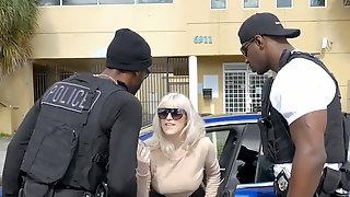 Don't fuck the police - Kiki Parker