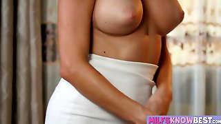 Hot Cameron Canela and Silvia Saige eat each others pussies
