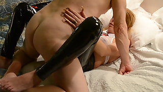 BlondeMary fucking her toy and a cock in motel Va Beach