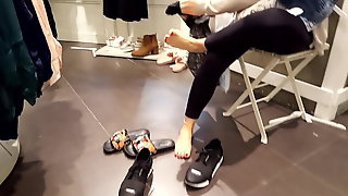 Gf shoe shopping her sexy feets perfect red toes