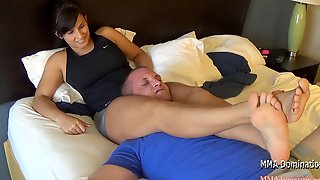 Muscle Young Girl Destroying Guy- Scissorhold Domination