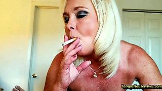 Ms Paris and Her Amateur Theater-Smoking Sex