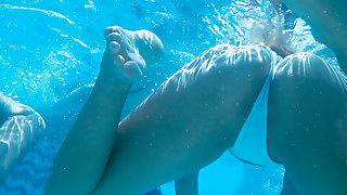 Underwater Micro Bikini Close-Up Tight Ass Teens Spy Voyeur