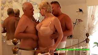 John pops next to fuck his neighbours wife