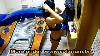 Solarium cam Horny Girl Live on www.solarium.tv