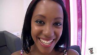 LECHE 69 The Ebony BJ goddess