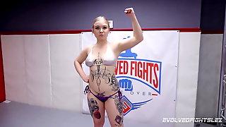 Kyra Rose fights Kaiia Eve in lesbo wrestling battle
