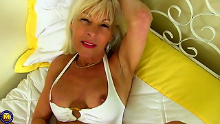 Blonde gilf in the house HD