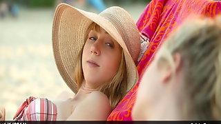 MacKenzie Davis, Megan Park & Zoe Kazan nude & bikini video