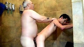 Daddy JP shower fuck