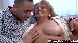 Je cherche une vieille dame 50 70 ANS pour sexe avec dijon z