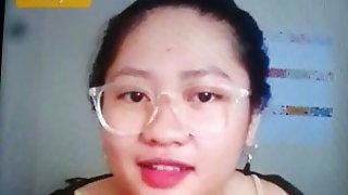 Indonesian surabaya girl di bigo showing monstar boob